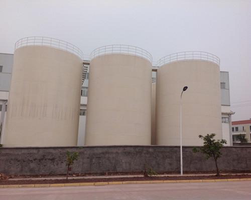 金土地1100吨食用油罐群